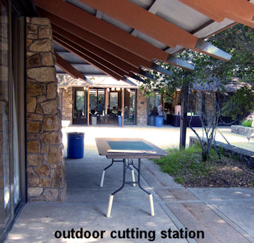 outdoor cutting station