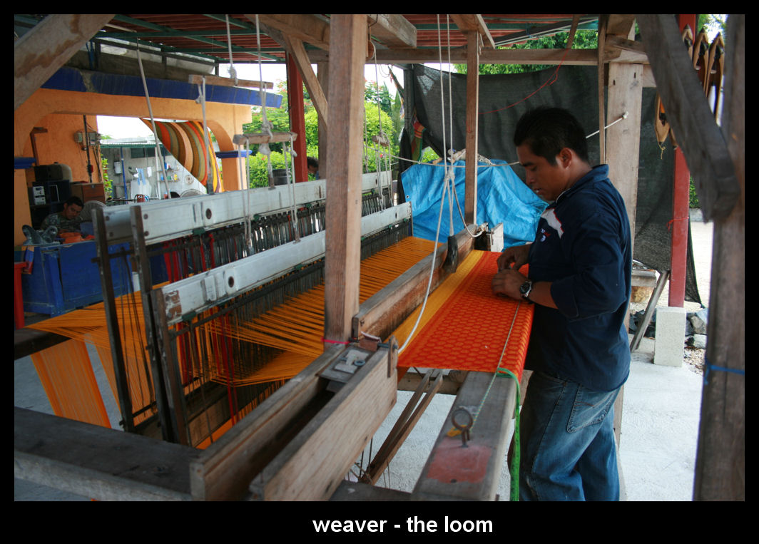 loom weaving 1