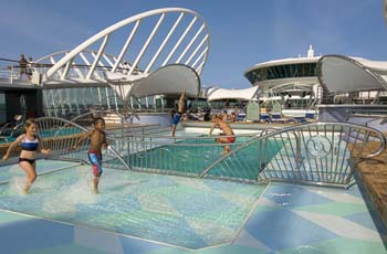 Enchantment of the Seas pool deck