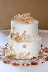 wedding cake with shells