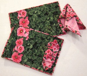 Hollyhock Gardens placemats_napkins
